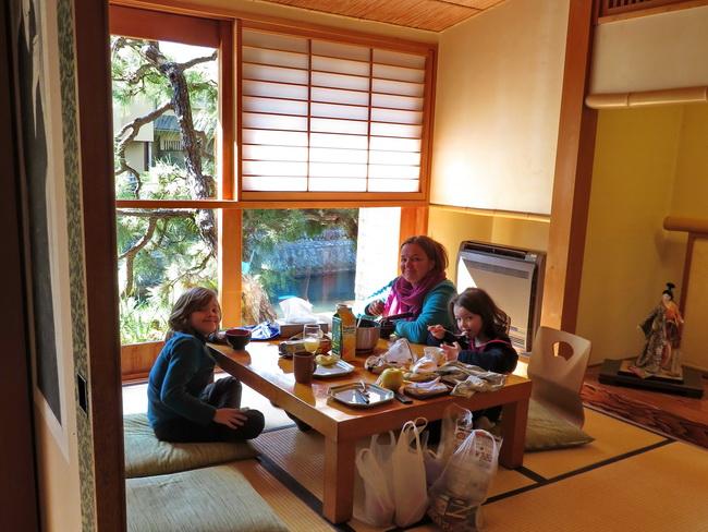 Tokyo sushis                                       (mais pas que)